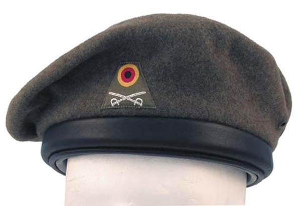 BW Panzerschutzhaube oliv, gebr