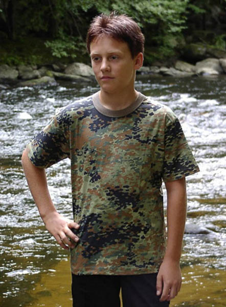 T-Shirt, Kinder flecktarn neu