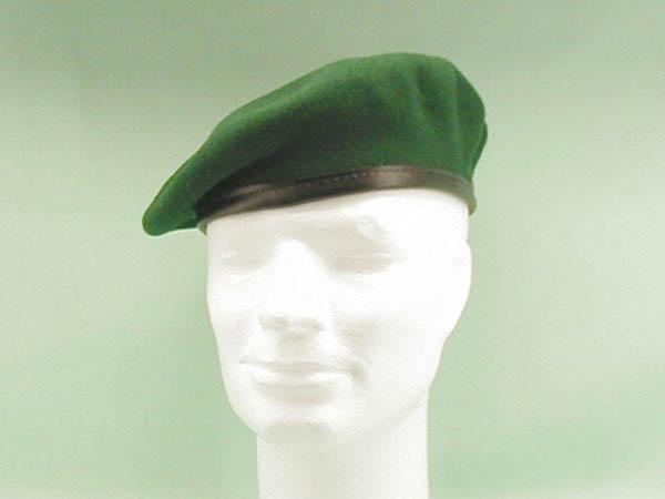 Barett, orig. Bw grün neu