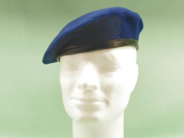 Barett, Bw blau gebraucht/rep.
