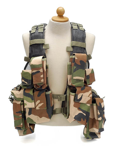 Tactical-Weste, woodland neu