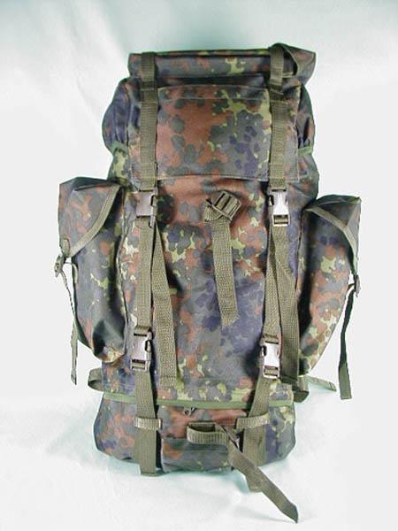 Kampfrucksack, Bw Imit. 5-Farben flecktarn neu