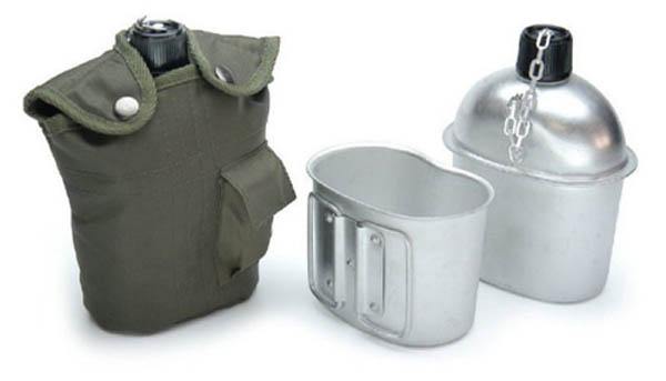 Feldflasche mit Trinkbecher, US ALU neu (Überzugfarbe: oliv)