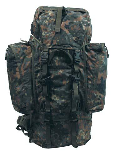 Rucksack,Alpin110,flecktarn, 2 abnehmbare Seitentaschen