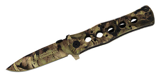 Smith and Wesson Extreme Ops Camo, 440C, Clip