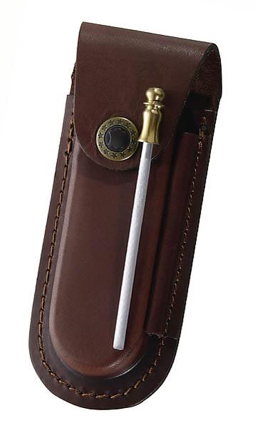Braunes Leder-Etui, für Messer mit 9 cm Heftlänge, längs und quer tragbar, inkl. Wetzstahl 10 cm
